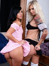 Ashli Orion & Brooke Banner & Billy Glide in 2 Chicks Same Time