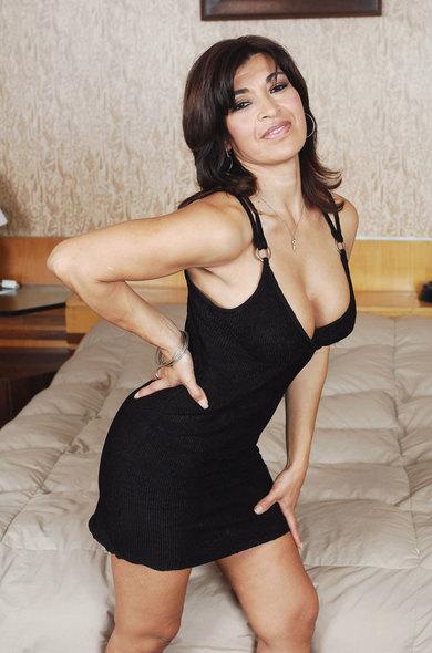Pornstar Victoria Luna - BBG videos by Naughty America