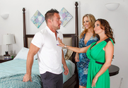 Julia Ann, Ava Addams & Johnny Castle in I Have a Wife - Sex Position 1