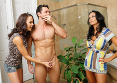 McKenzie Lee, Ava Addams & Preston Parker in My Friends Hot Mom - Centerfold