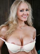 Julia Ann Porn Videos