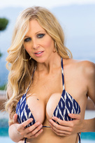 Julia Ann starring in Friend's Momporn videos with 69 and Big Ass