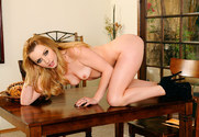 Lexi Belle & Ryan McLane in Neighbor Affair - Sex Position 1