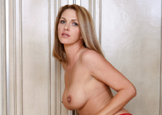 Roxanne Hall & Steve Smith in Naughty America - Centerfold