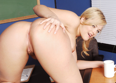 Alexis Texas & Ben English in Naughty Bookworms - Centerfold