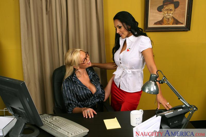 Nina mercedez fucks at the office
