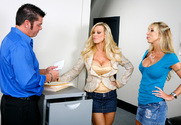 Amber Lynn, Morgan Ray & Cheyne Collins in Naughty Office - Sex Position 1