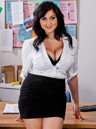 Co-worker Porn Video with Big Tits and Blow Job scenes