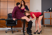 Syren De Mer, Darla Crane & Seth Gamble in Naughty Office - Sex Position 2