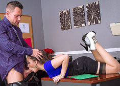 Gabriella Paltrova & Johnny Castle in Naughty Office