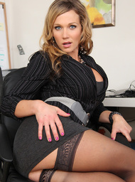 Nikki Sexx & Johnny Castle in Naughty Office - Centerfold