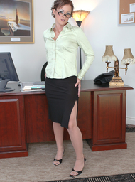 Sara Faye & Tony T. in Naughty Office