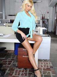 Summer Brielle & Mr. Pete in Naughty Office - Centerfold