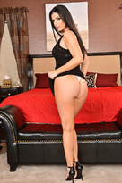 India Summer starring in MILFporn videos with American and Ass smacking