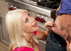 Puma Swede & Johnny Castle in Seduced by a Cougar - Centerfold