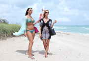 Alexis Fawx & Rachel Starr & JMac in Wives on Vacation