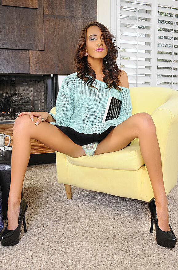Janice Griffith - xxx pornstar in many Bedroom & American & VR Porn videos