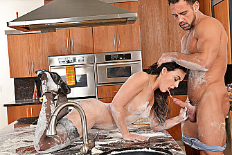 Whitney Wright fucking in the kitchen with her small tits - Blowjob