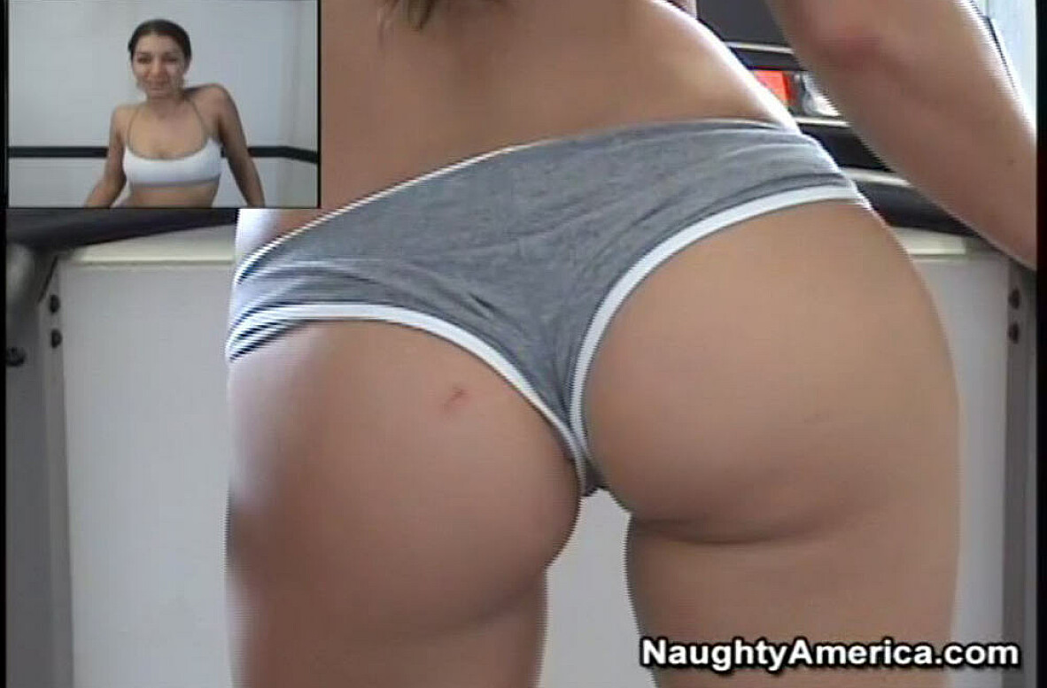 Watch Ann Marie Rios video in Live Gym Cam