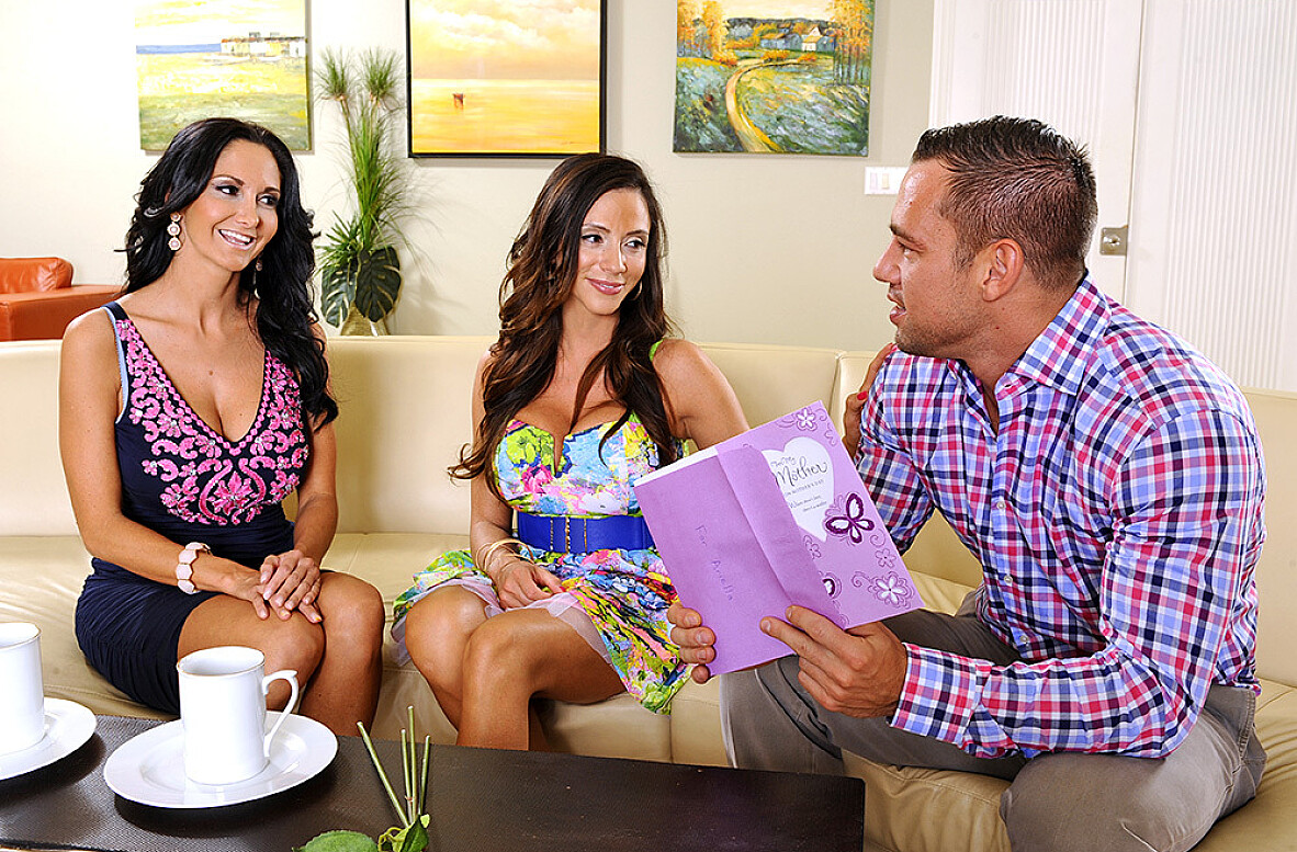 Watch Ariella Ferrera, Ava Addams and Johnny Castle 4K video in My Friend's Hot Mom