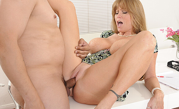 Mature Darla Crane fucking in the office with her tattoos - Sex Position #12