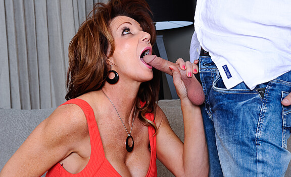 Deauxma fucking in the couch with her big tits - Sex Position #4