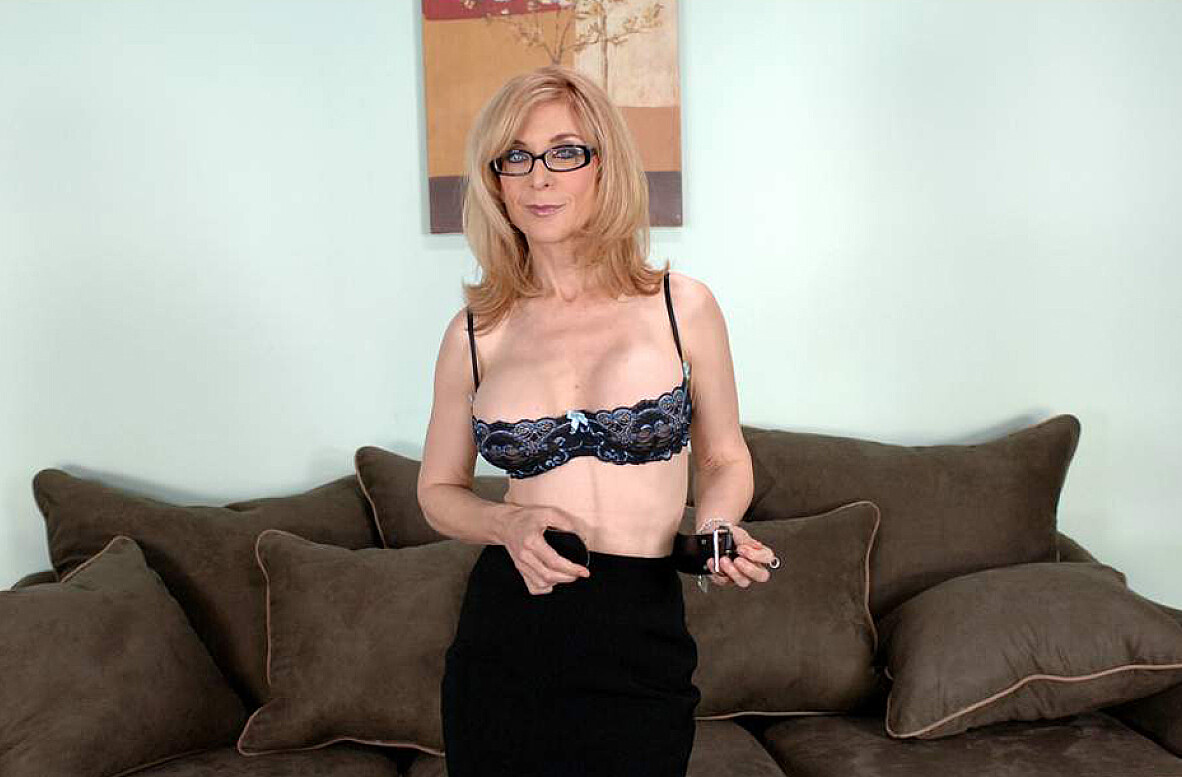 Watch Nina Hartley and Jeremey Holmes video in My Friend's Hot Mom