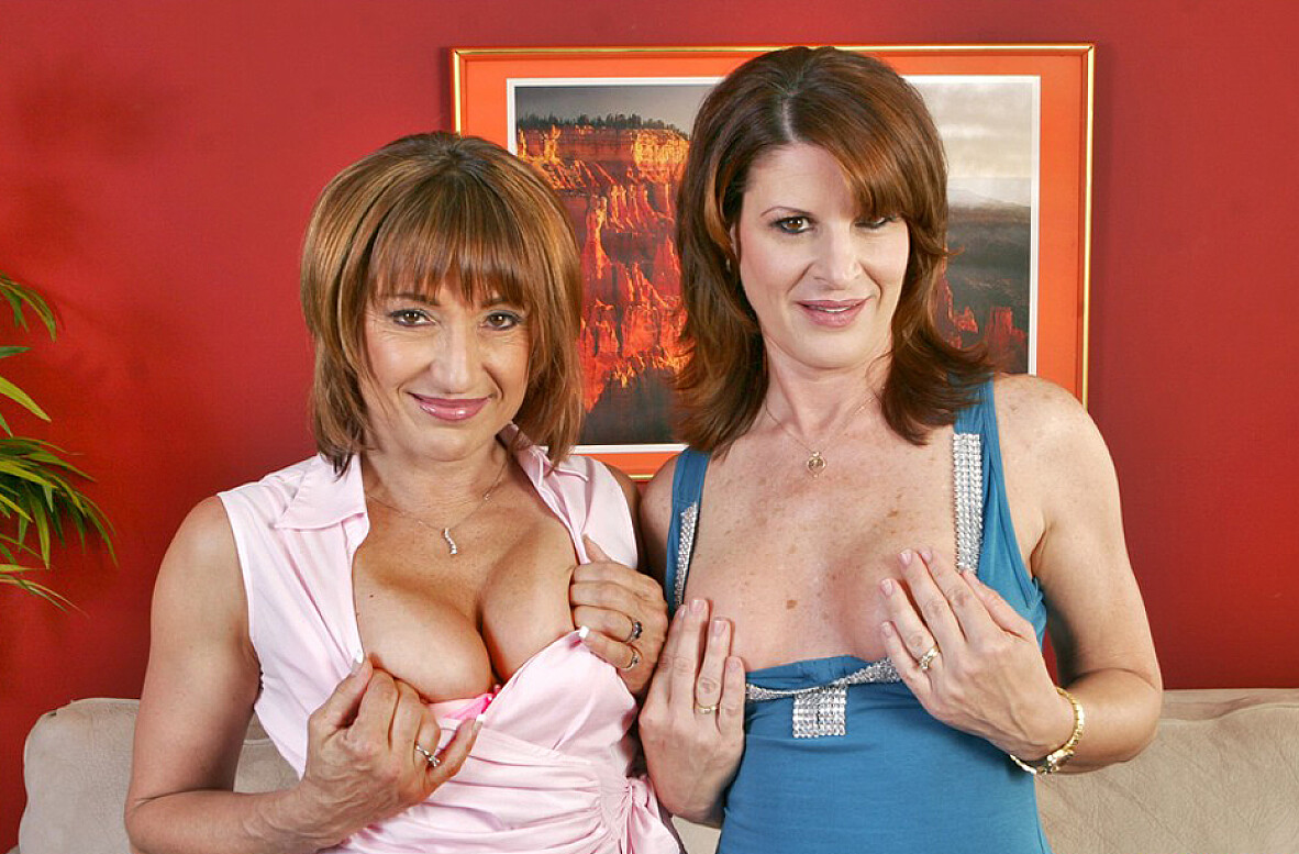 Watch Jillian Foxxx, Linda Roberts and Jack Venice video in My Friend's Hot Mom