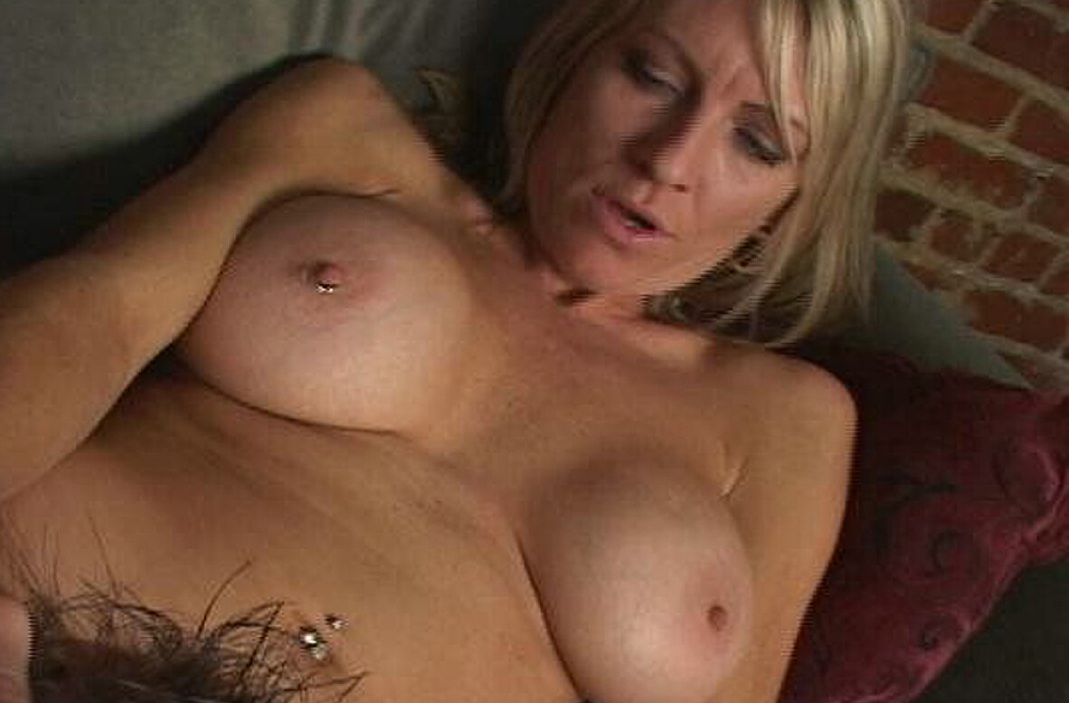 Watch Emma Starr and Will Powers video in My Friend's Hot Mom
