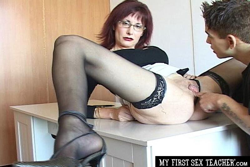 Pregnat garl sex photo