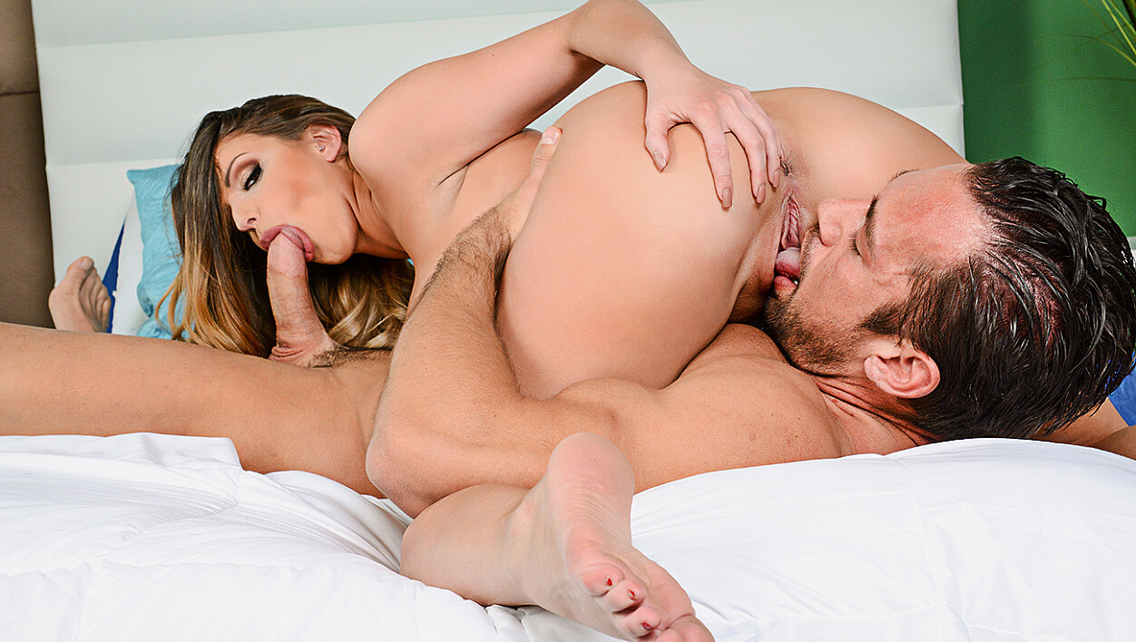 Brooklyn Chase fucking in the bedroom with her innie pussy