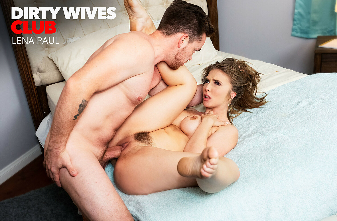 Watch Lena Paul and Kyle Mason video in Dirty Wives Club