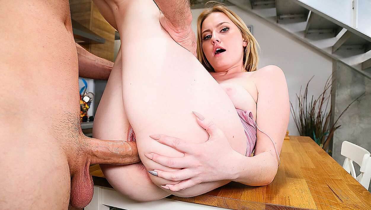 Britney Light fucking in the kitchen with her blue eyes