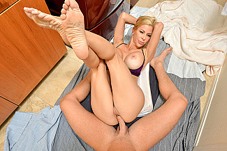 Alexis Fawx fucking in the with her medium ass vr porn - Sex Position 4