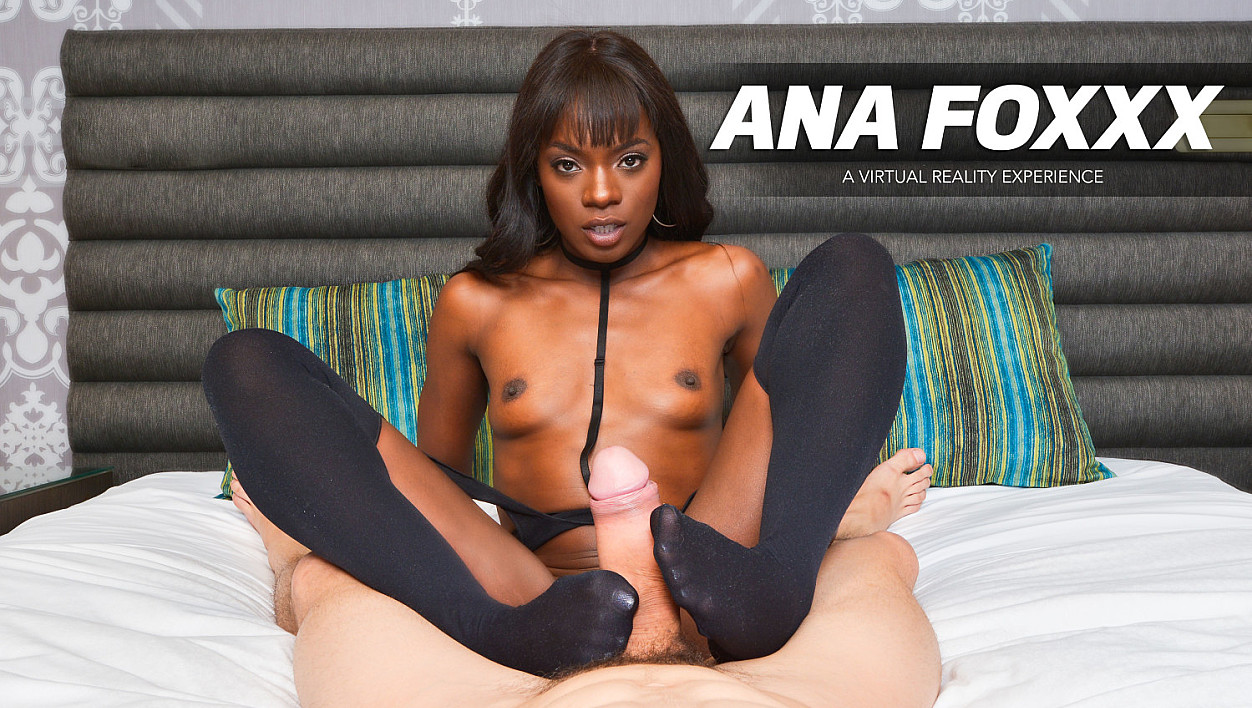 Ana Foxxx wants to fuck you NOW!!!