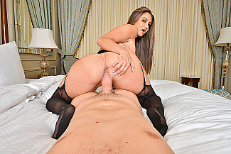 It's a big tits-big ass-VR porn kind of day with Ava Addams  - Sex Position 4