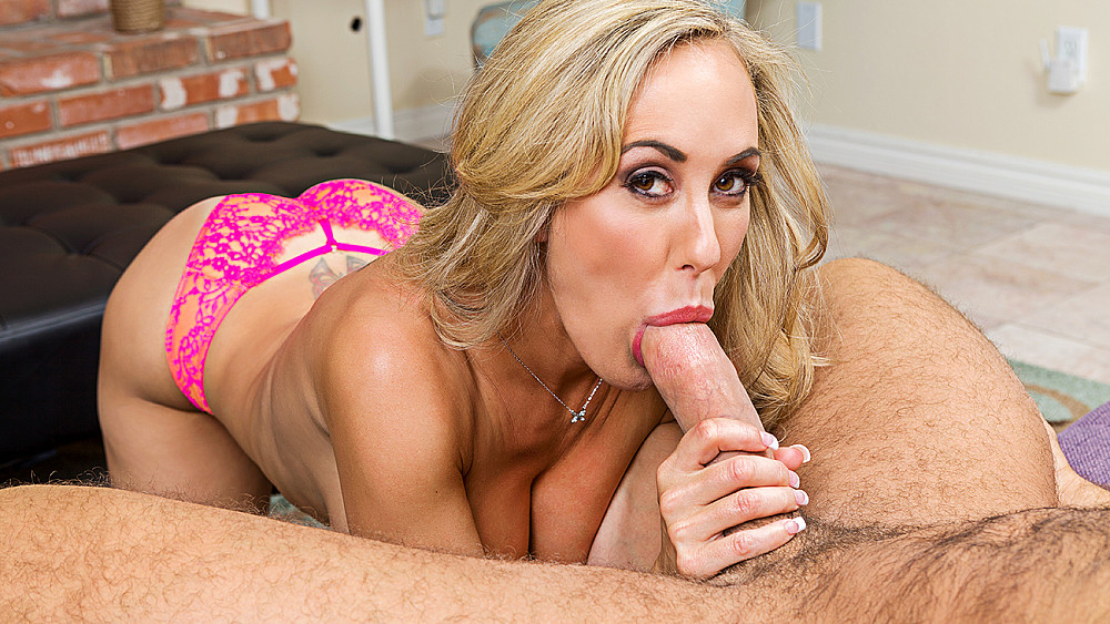 Click here to play Brandi Love fucking in the living room with her tits vr porn VR porn