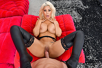 Bridgette B. fucking in the hotel with her big ass - Sex Position 4