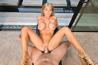 Kayla Kayden fucking in the chair with her tits vr porn - Sex Position 4