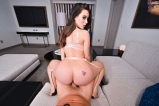 Big tits, big ass, no problem: Lana Rhoades VR Porn Star - Sex Position 2