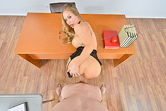 Nicole Aniston fucking in the floor with her tits vr porn - Sex Position 2