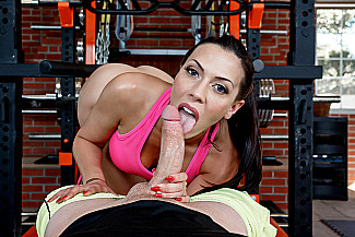 Rachel Starr fucking in the gym with her tits - Sex Position 2