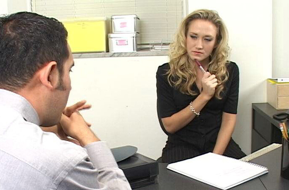 Watch Alana Evans and Vincent Vega video in Naughty Office