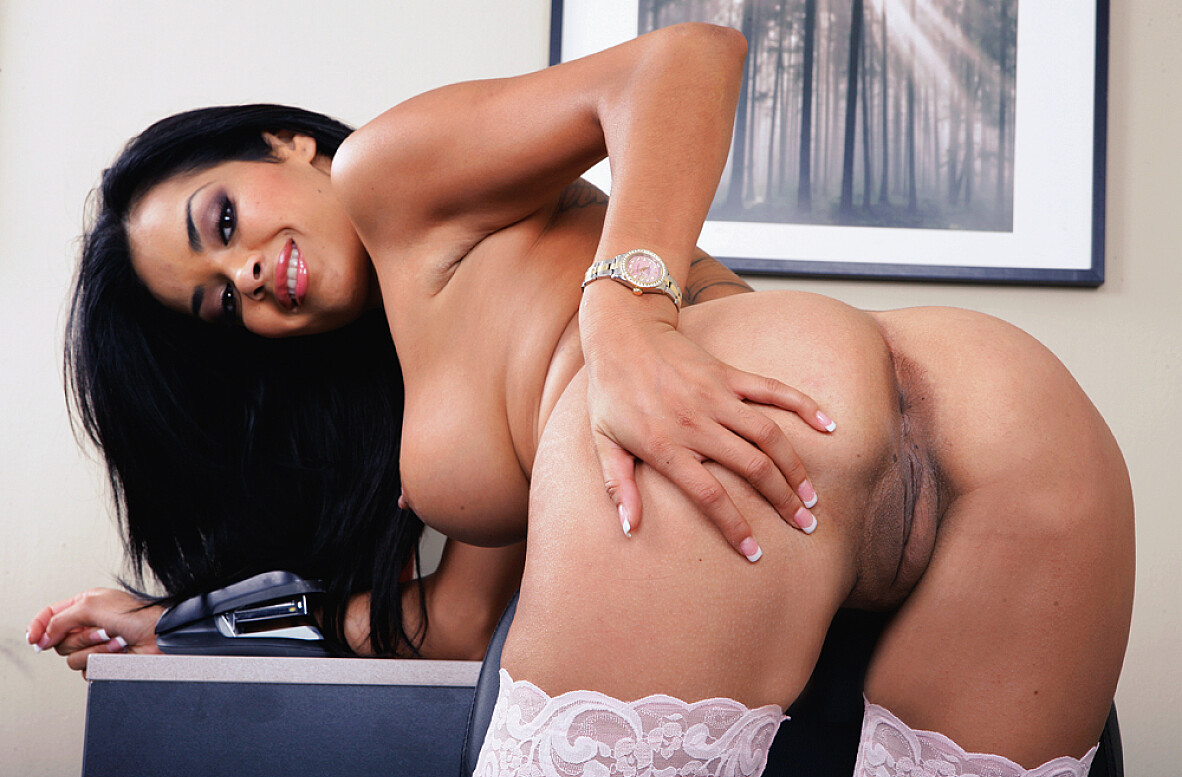 Watch Daisy Marie and Rocco Reed video in Naughty Office