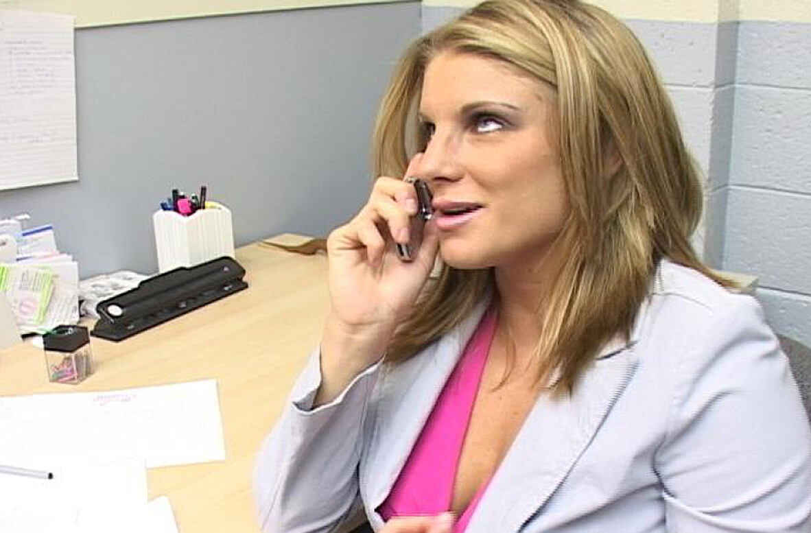 Watch Jackie Moore video in Naughty Office