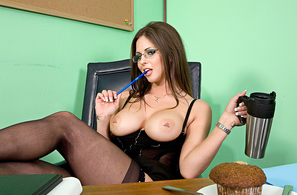 Watch Rachel Roxxx and Charles Dera American video in Naughty Office