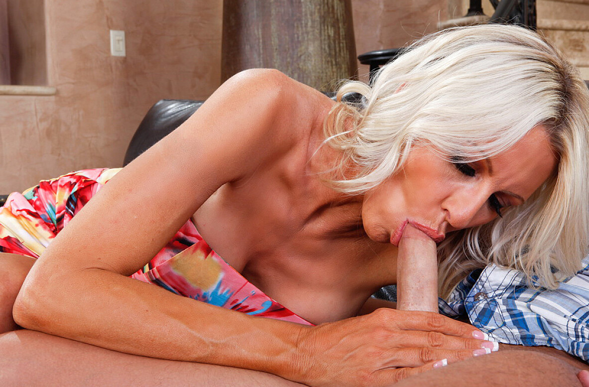 Watch Emma Starr and Kris Slater video in Seduced By A Cougar