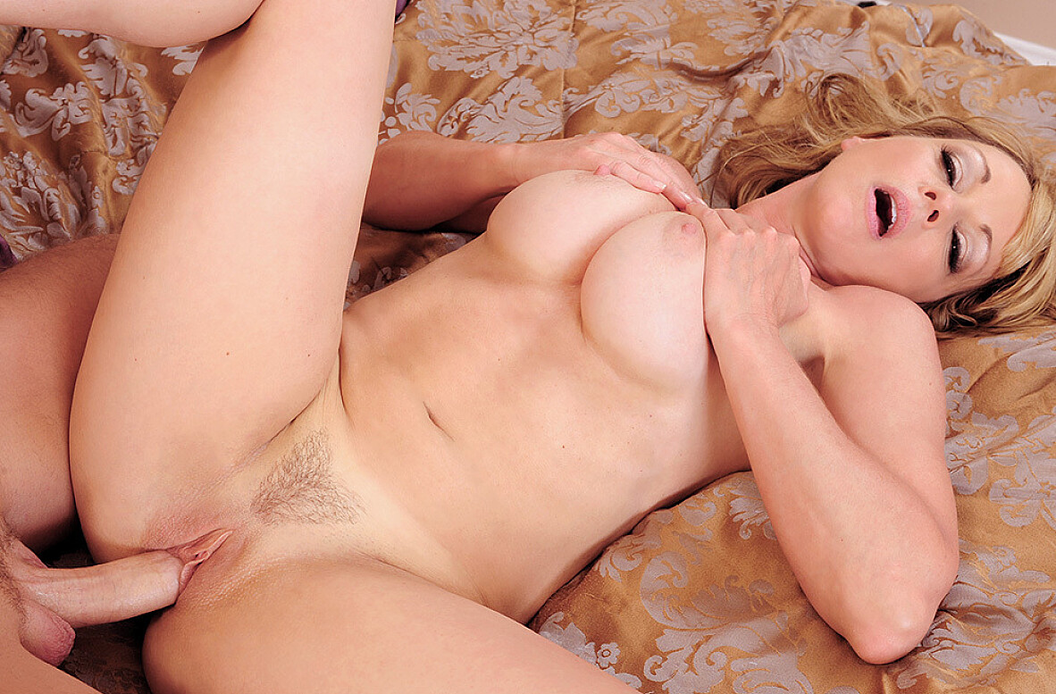 Watch Shayla LaVeaux and Kris Slater video in Seduced By A Cougar