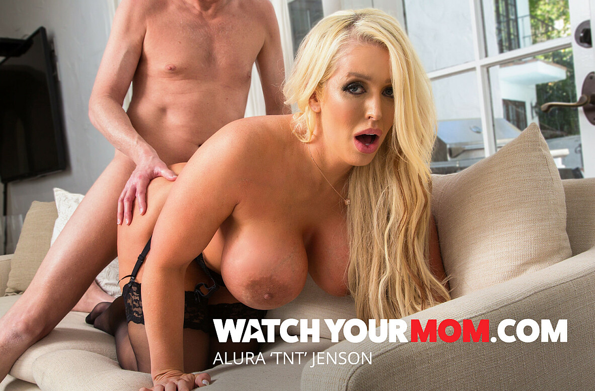 Watch Alura 'TNT' Jenson and Mark Wood 4K video in Watch Your Mom