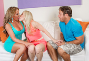 Ashley Fires & Richelle Ryan & Chad White in 2 Chicks Same Time
